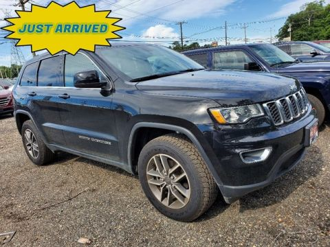 Pre-Owned 2019 Jeep Grand Cherokee Laredo 4WD 4D Sport Utility